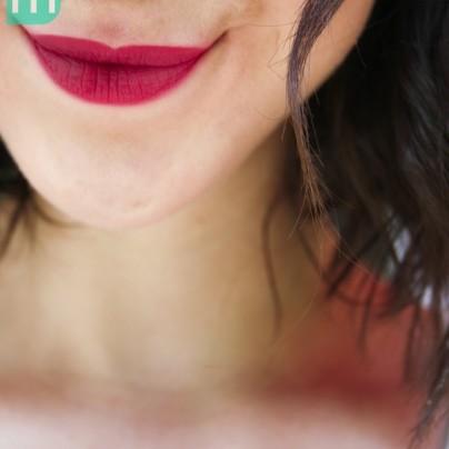 son-bourjois-rouge-edition-velvet-plum-plum-girl-14